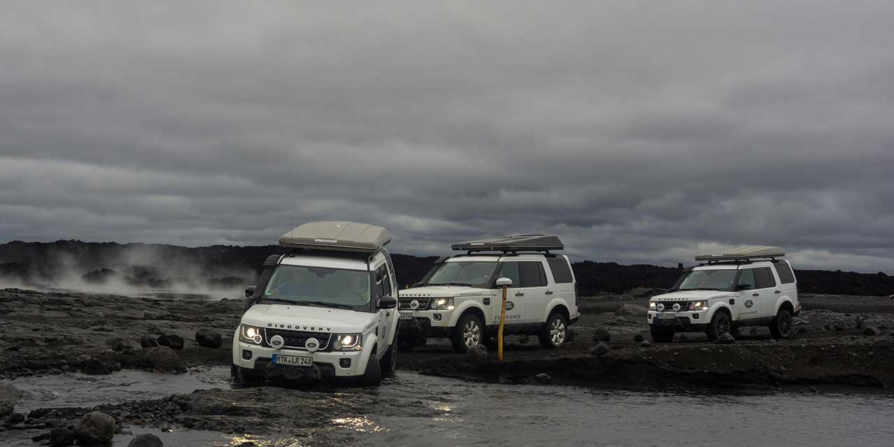3 Land Rover in a row with Autohome Rooftop tents
