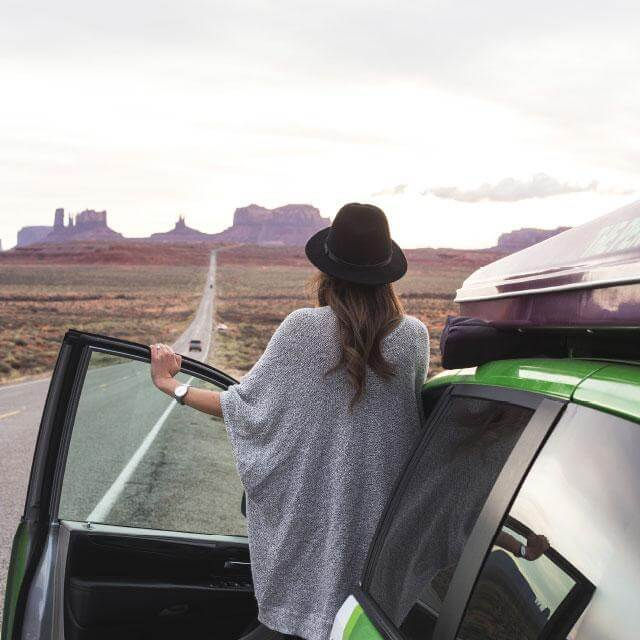 Autohome panorama with girl and roof top tent | panaorama girl dachzelt