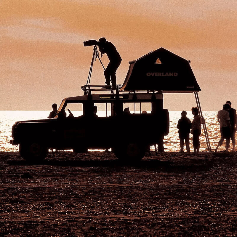 Photographer on Roof top tents for camping by Autohome